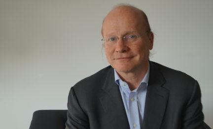 Dr. Ronald Mischek